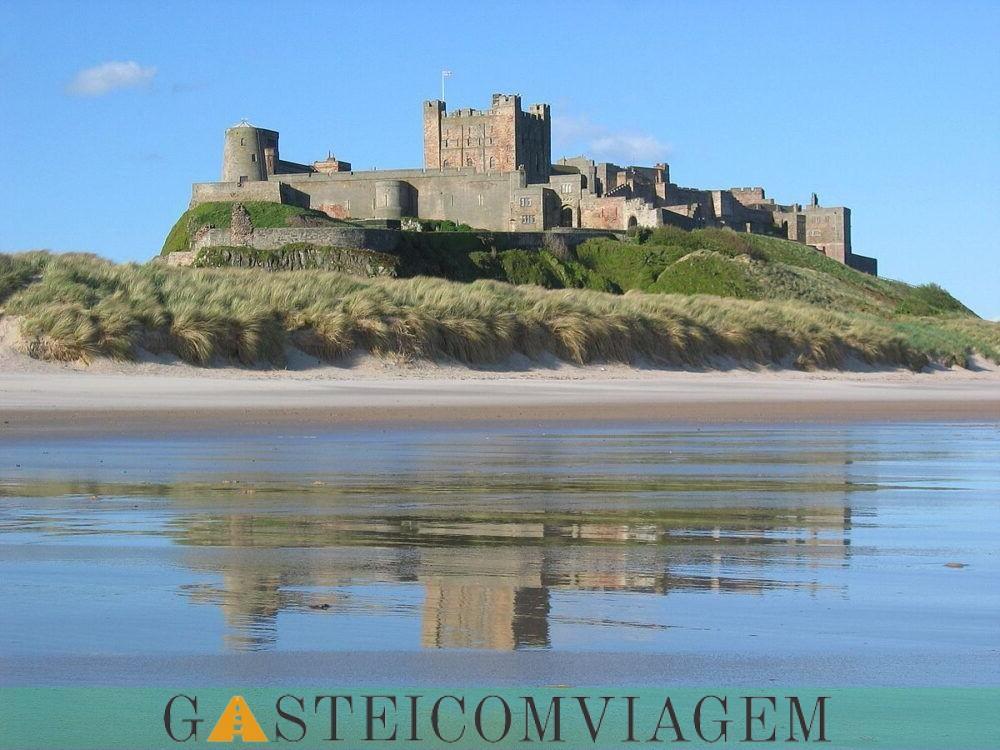 Bamburgh Castelo