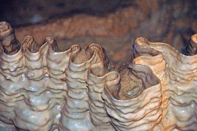 caverna de cristal de ônix