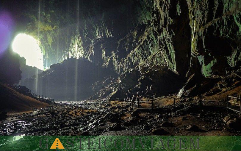 Caves Mulu