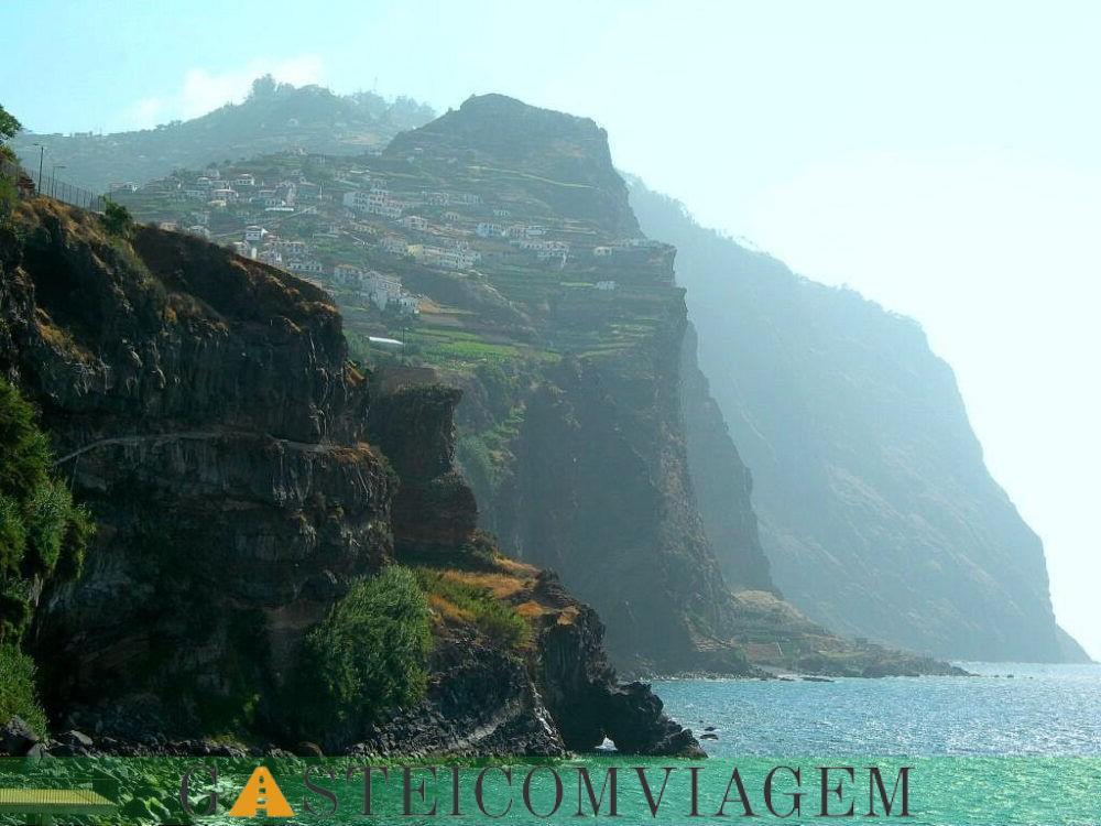 Cliffs Qingshui