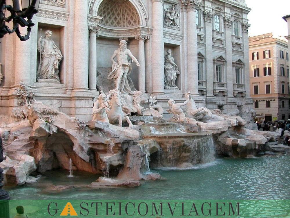 destino Fonte de Trevi em Roma