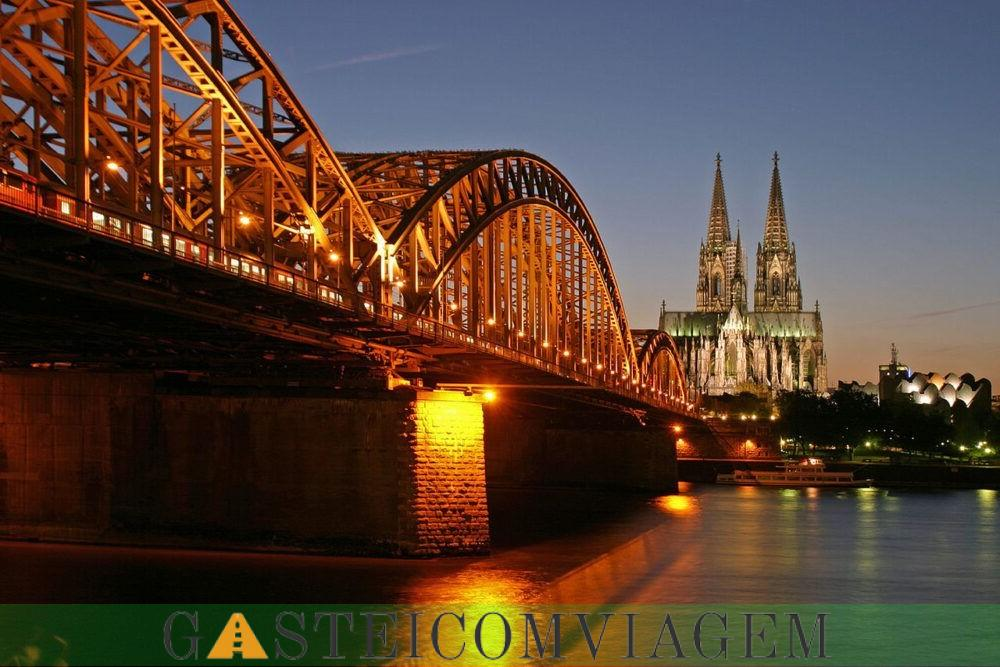 Destino Hohenzollern Bridge