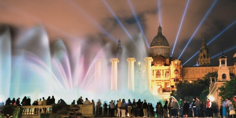 destino Montjuic e Fonte mágica Espanha