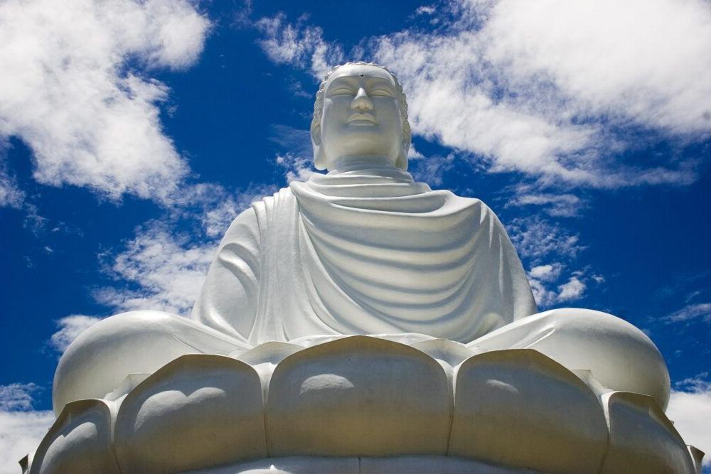 destino Pagoda Long Son