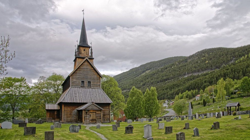 Kaupanger Stave Igreja
