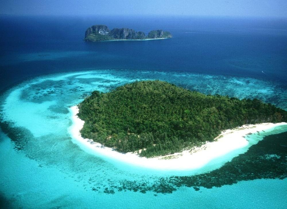 Koh Phi Phi Destino longa praia