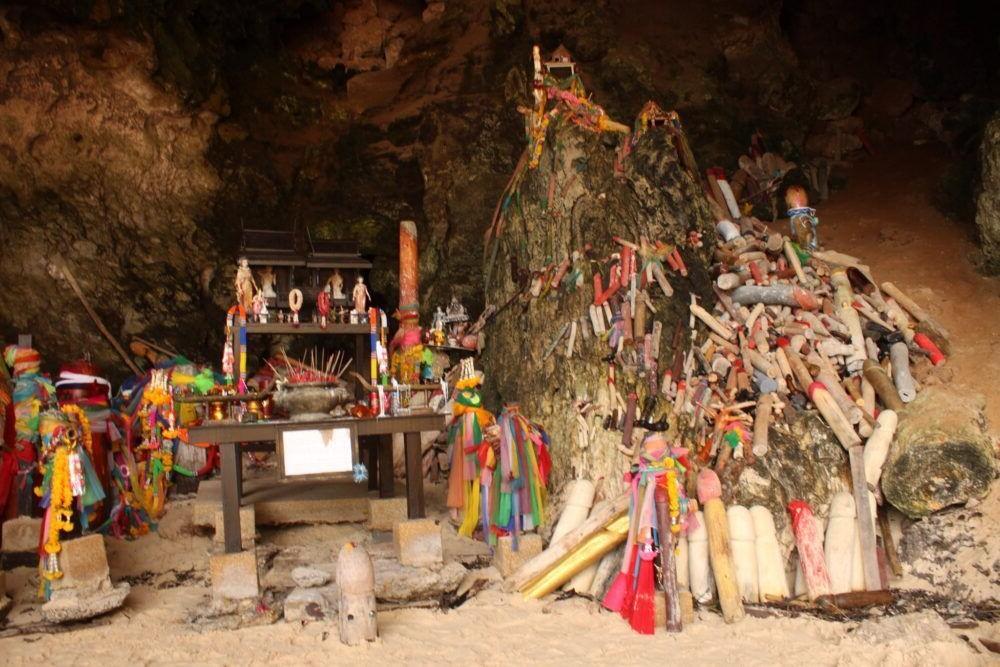 Mosteiro da Caverna Phra Nang