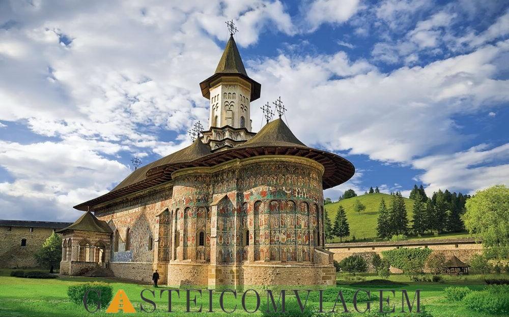 Mosteiros pintado