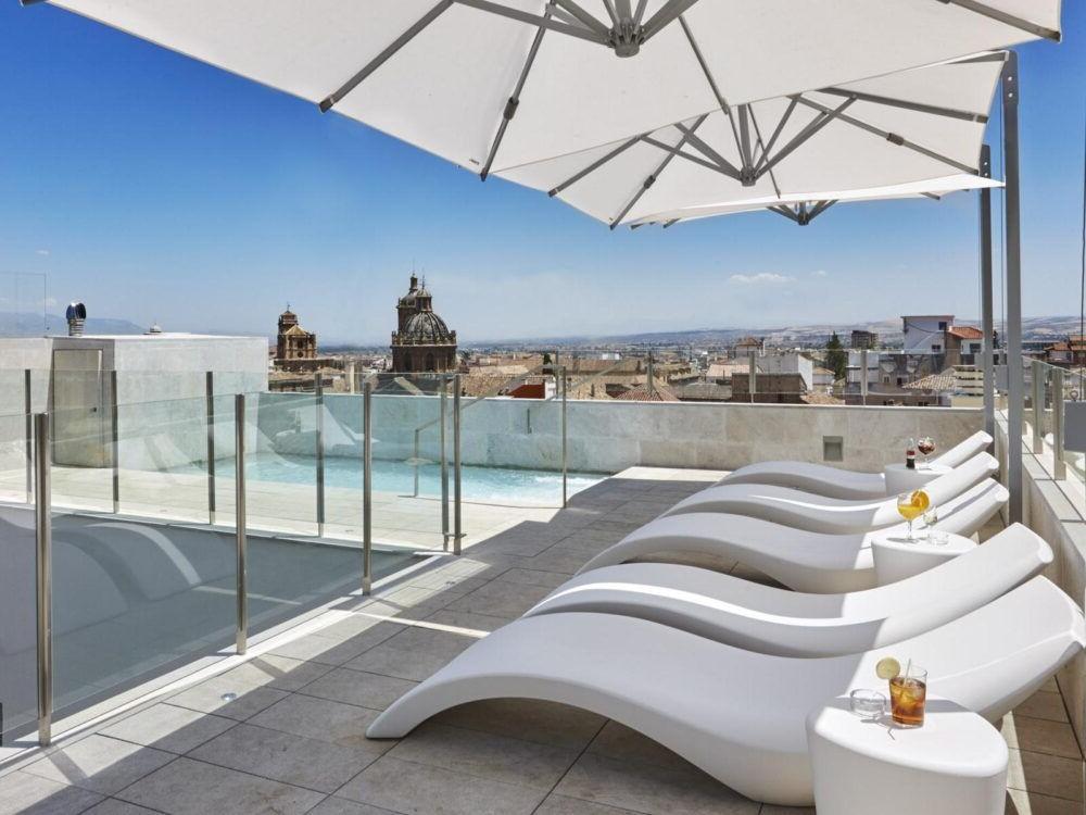 Pernoite no Granada Cinco Sentidos quartos Suites Espana