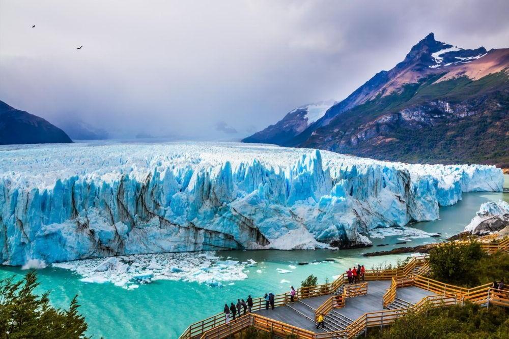 Posto ao Glacial Prieto Moreno