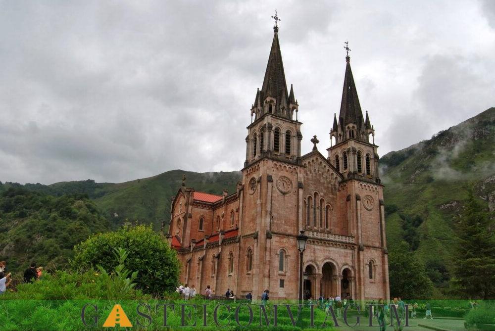 Santa Maria la Real de Covadonga